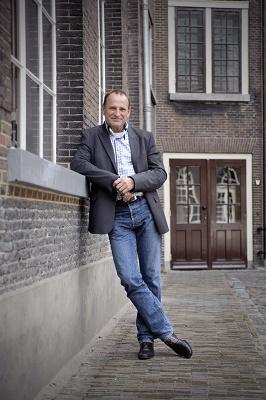 [Aloys van Rest, directeur van Defence for Children]