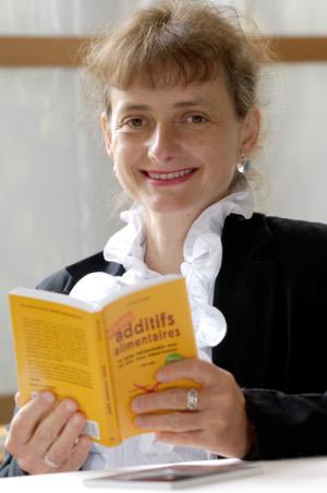Deze week is bekend geworden dat de Franse schrijfster Corinne Gouget al in de maand juni zelfmoord heeft gepleegd.