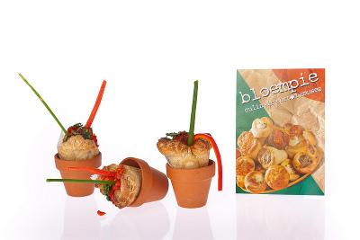 Elleke's keuken introduceert Bloempie, een bloemvormig korstdeegzuurdesembroodje gevuld met verschillende smaken.