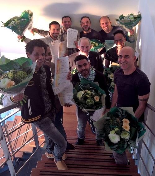 [Job Cohen rijkt eerste lasdiploma's uit aan Nieuwkomers in West Friesland]