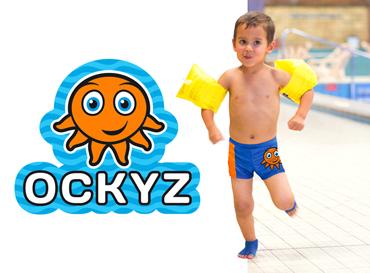 OCKYZ antislip-zwemsok houdt kinderen overeind bij het zwembad