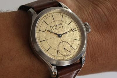 Pellikaan Timing brengt een limited editie uit van zijn Flying Dutchman horloge. Het heeft een wijzerplaat van bladgoud. (2)