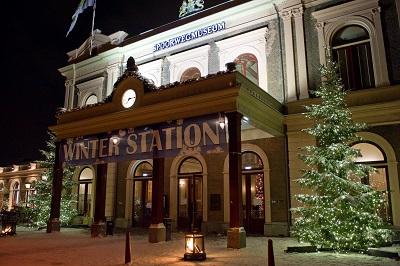 [Het Spoorwegmuseum verandert tijdens kerst in Winter Station]