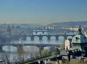 Search image praag