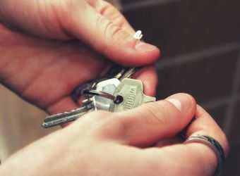 Search image huuren